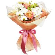 Bouquet of peach roses and chrysanthemums - flowers and bouquets on df.ua