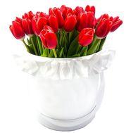 Червоні тюльпани в шляпній коробці - цветы и букеты на df.ua