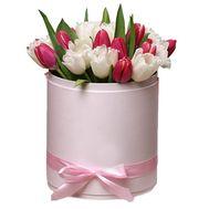 Ніжна коробка з тюльпанами - цветы и букеты на df.ua