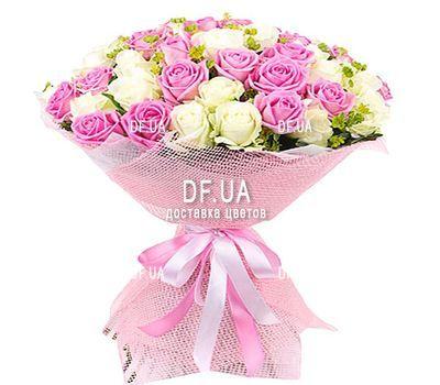 """""""65 белых и розовых роз"""" в интернет-магазине цветов df.ua"""