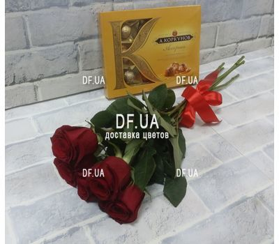 """5 red roses view 5"" in the online flower shop df.ua"