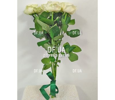 """Small bouquet of 5 roses view 5"" in the online flower shop df.ua"