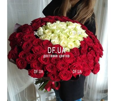 """101 roses in the heart - view 1"" in the online flower shop df.ua"