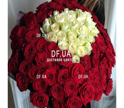 """101 roses in the heart - view 2"" in the online flower shop df.ua"