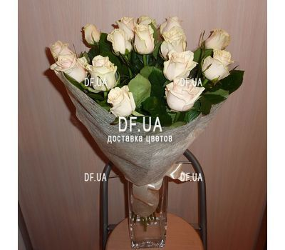 """15 cream roses - view 2"" in the online flower shop df.ua"