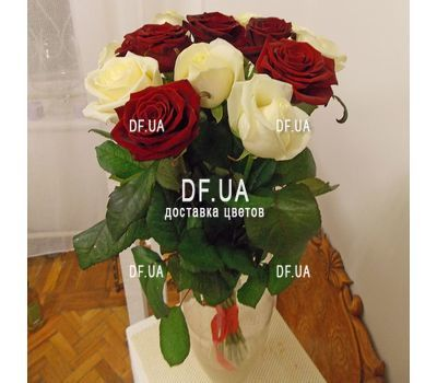"""Bouquet 15 white red roses - view 1"" in the online flower shop df.ua"