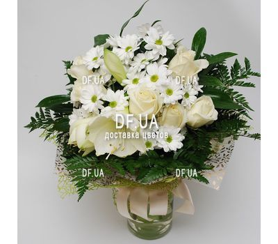 """Bouquet of light colors - view 10"" in the online flower shop df.ua"