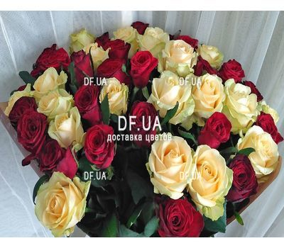 """Wonderful bouquet of roses - view 2"" in the online flower shop df.ua"