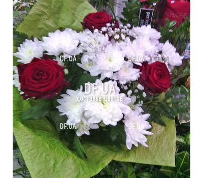 """""""A small bouquet of flowers - view 4"""" in the online flower shop df.ua"""