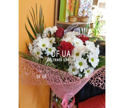 """""""A small bouquet of flowers - view 5"""" in the online flower shop df.ua"""