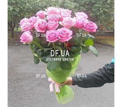"""""""Gift bouquet of roses - view 1"""" in the online flower shop df.ua"""