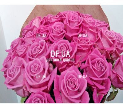 """""""Gift bouquet of roses - view 2"""" in the online flower shop df.ua"""
