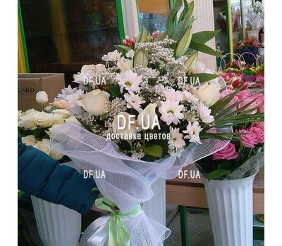 """Bouquet of light colors - view 11"" in the online flower shop df.ua"