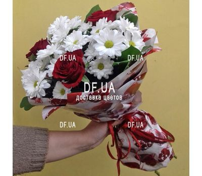 """""""A small bouquet of flowers - view 8"""" in the online flower shop df.ua"""