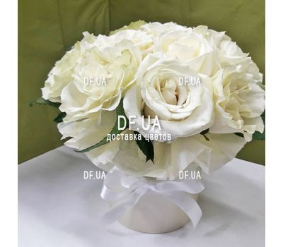 """11 white roses in a box - view 1"" in the online flower shop df.ua"