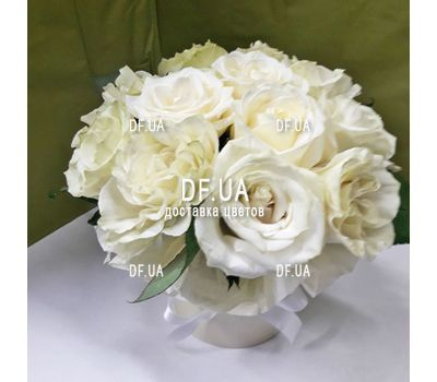 """11 white roses in a box - view 2"" in the online flower shop df.ua"