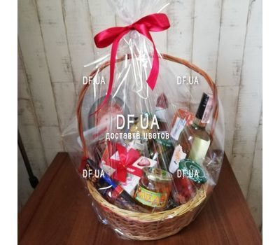 """Gift food basket - view 2"" in the online flower shop df.ua"